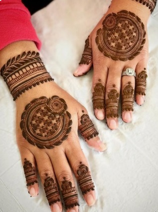 Arabic Simple Bridal Mehndi Designs For Hands