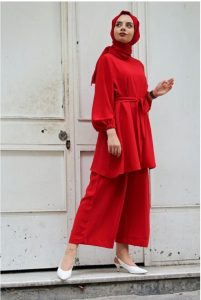 Red Modest summer  hijab outfit with wide legged trousers