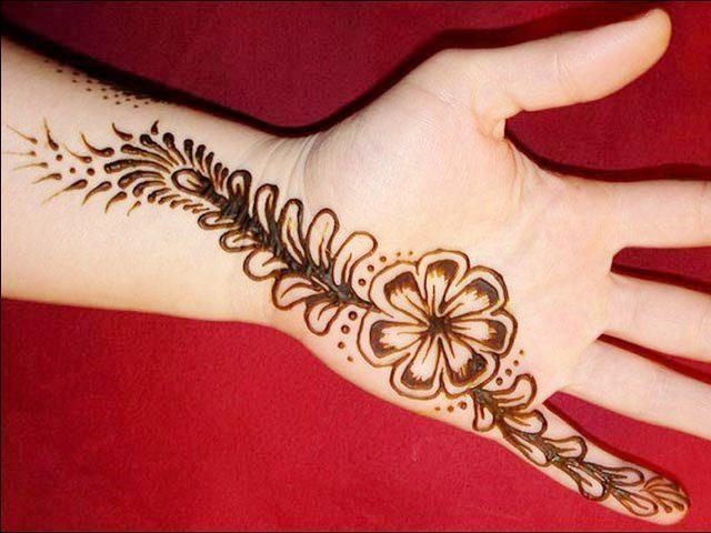 Simple Henna hand Design