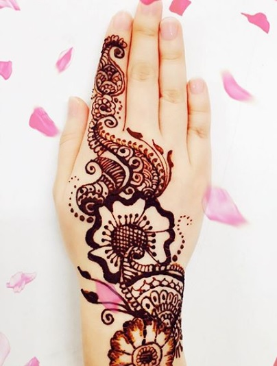 traditional-henna-design