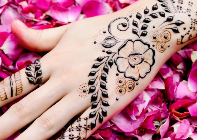 beautiful back-hand-side-henna-design-simple-