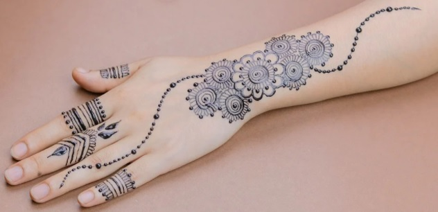 full back-hand-side-henna-design-simple-