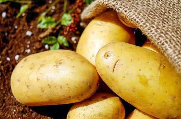 potatoes in a jute bag