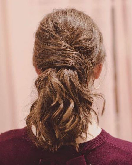 lovely and stylish ponytail